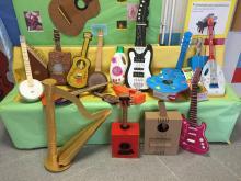 Instrumentos hechos por las familias